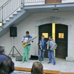 Mladi glasbeni trio